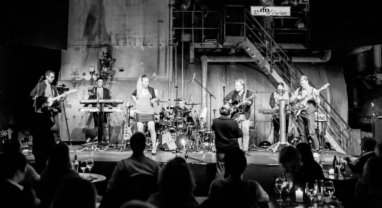 One Hit Wonder Show - Konzert Alte Spinnerei Kolbermoor 2019 - Gesamtansicht